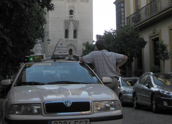 Sevilla tendrá nueva ordenanza este mes de julio