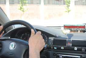 Detenido por atracar a una taxista con unas tijeras
