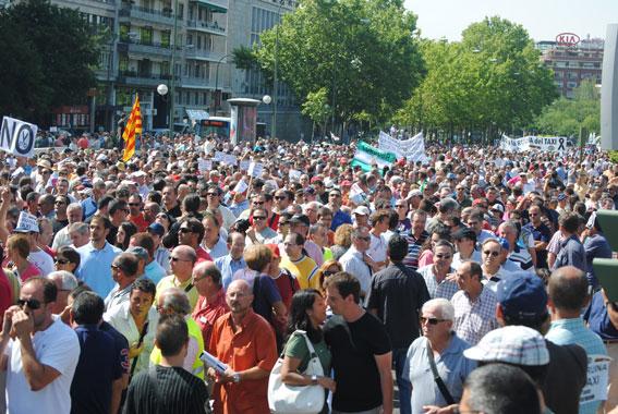 Gran seguimiento en la manifestación del 27J