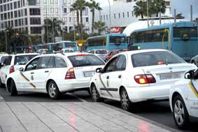 El Reglamento canario permitirá acumular hasta cinco licencias