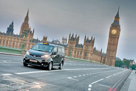 Los futuros taxis londinenses de Nissan se fabricarán en Barcelona