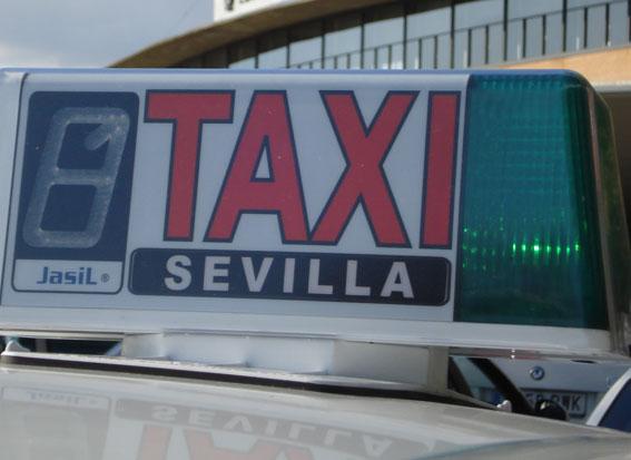 Foro Taxi Libre, en Sevilla, propone subir la carrera mínima