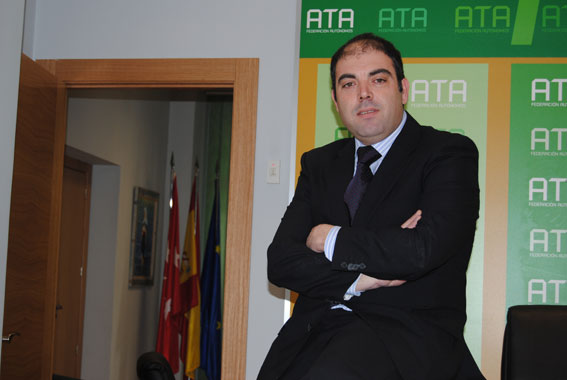 ATA pide acabar con las ayudas a sindicatos y patronales