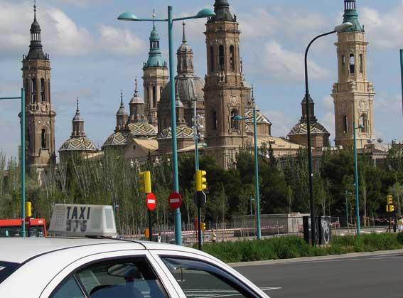 Liberalización de taxis en Zaragoza durante El Pilar