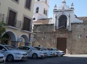 Los taxistas de Mérida llevarán a los tribunales la concesión de diez licencias