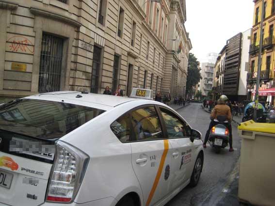 Los taxistas de Sevilla prefieren los descansos