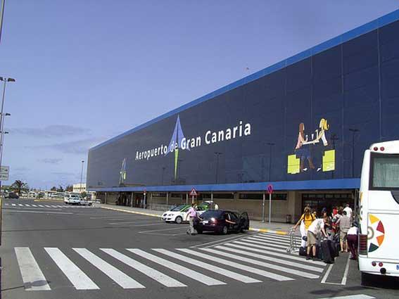 El Cabildo insiste en el aeropuerto como zona sensible
