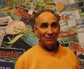 Tomás Aparicio: 37 años de servicio en un libro