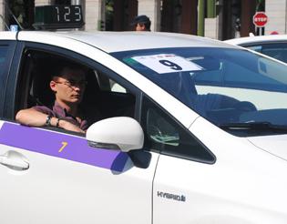"""Los asalariados del taxi bajo """"control"""" en Valladolid"""