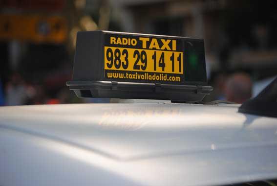 """RT niega que los taxis del alfoz vayan a """"estacionar"""" en Valladolid"""