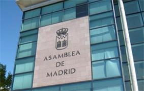 El PSOE pide una ley del taxi para la CAM