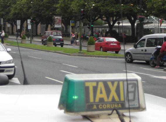 A un paso de la Ley del Taxi gallega