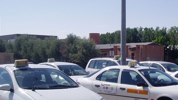 Hoy se vota en Zaragoza ampliar descanso y congelar tarifas