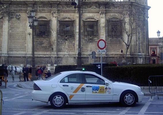 El Instituto sevillano del Taxi, más de un año sin director