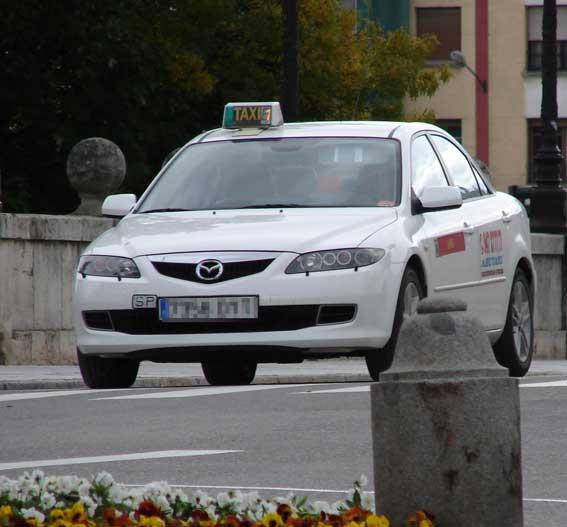 Los taxis de Burgos solicitan ampliar su APC