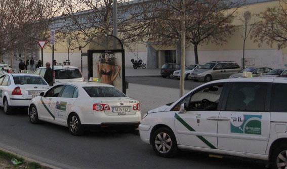 Los eurotaxis de Granada reclaman las ayudas impagadas