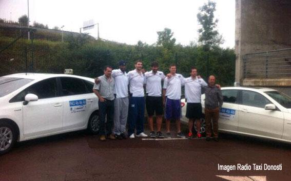 Taxi y baloncesto, unidos en San Sebastián