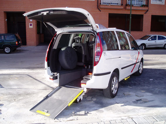Suspendido el servicio de eurotaxi en Madrid y APC