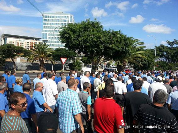 Protestas en Tenerife contra el intrusismo