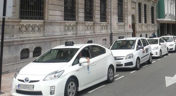 Oviedo congela las tarifas urbanas para 2014
