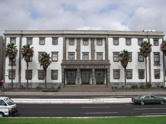A juicio por fraude de 600.000 euros en la gestión de licencias