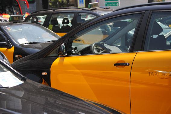 El IMET busca a un taxista fugado tras atropellar a una niña