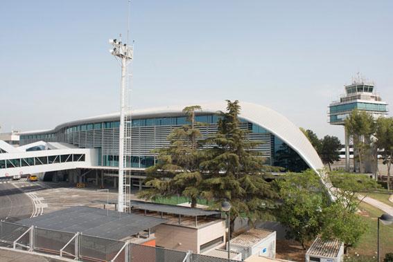 Comienza la semana de paros en el aeropuerto de Valencia