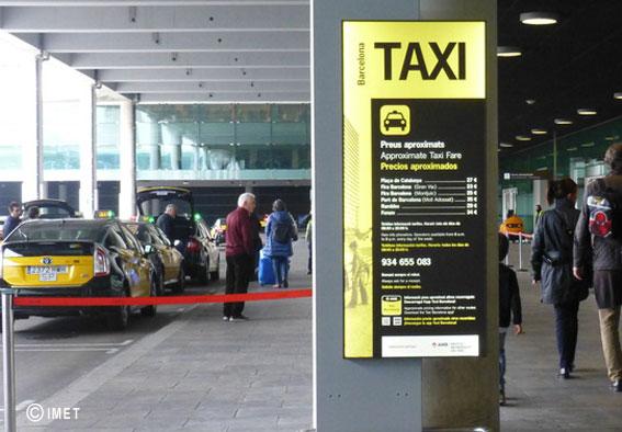 El Prat cuenta con nuevos paneles informativos sobre el taxi