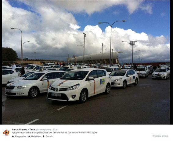 """Cientos de taxis se manifiestan pidiendo """"turnos iguales"""""""