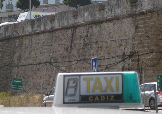 A consulta pública la nueva ordenanza del taxi de Cádiz