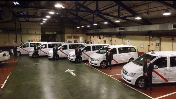 Taxis de 7 plazas para competir con las VTCS
