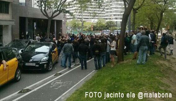 Protestas en Barcelona por el pago de comisiones en hoteles