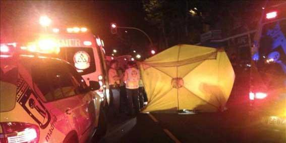 Pasajera de taxi fallece tras ser atropellada