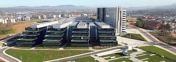 El Gobierno asturiano propone cambios en el HUCA