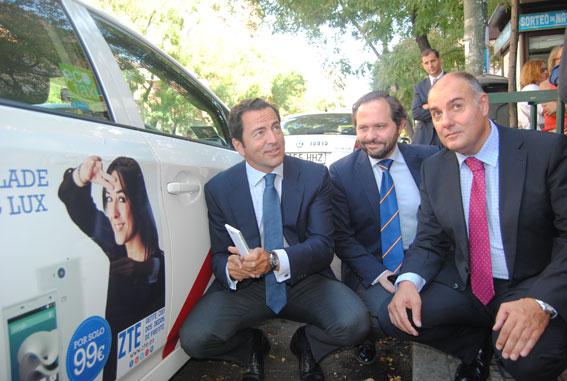 250 taxis madrileños lucen publicidad de ZTE