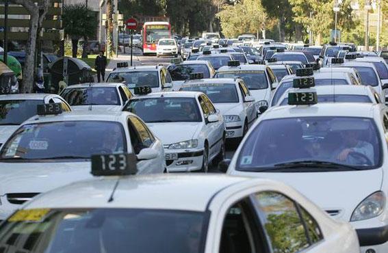Se ordena retirar la publicidad sexista en los taxis valencianos