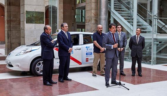 Autorizado el primer taxi eléctrico en Madrid