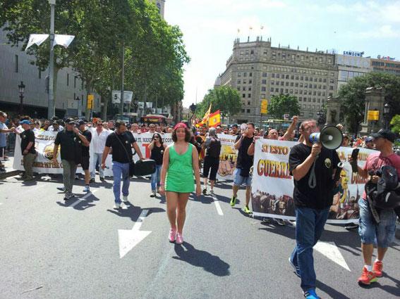 Élite Barcelona se hace fuerte frente a los ilegales