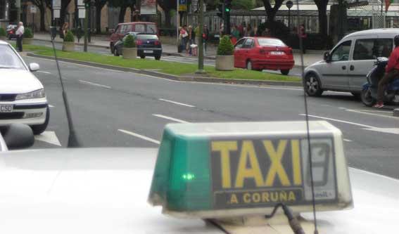 Galicia creará un registro para taxis y VTCs
