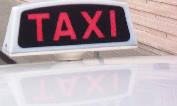 Tarragona, la ciudad m�s cara para coger un taxi