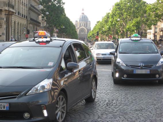 Taxistas españoles viajarán a París el 26E