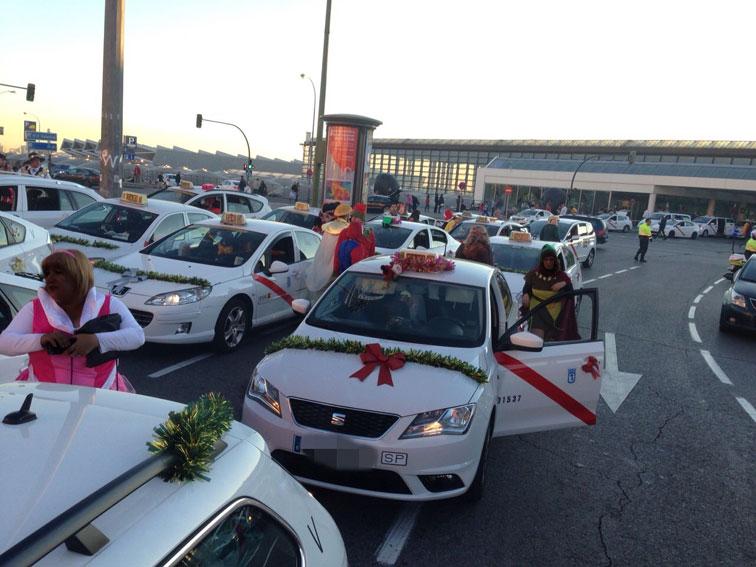 Los Reyes Magos viajan en taxi con AETM