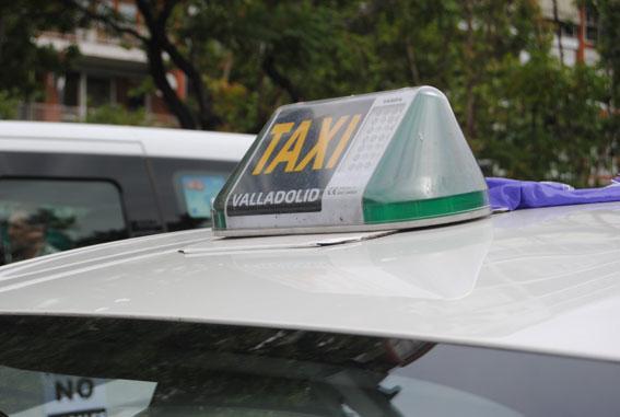 Taxistas autónomos de Valladolid protestarán contra la gestión local