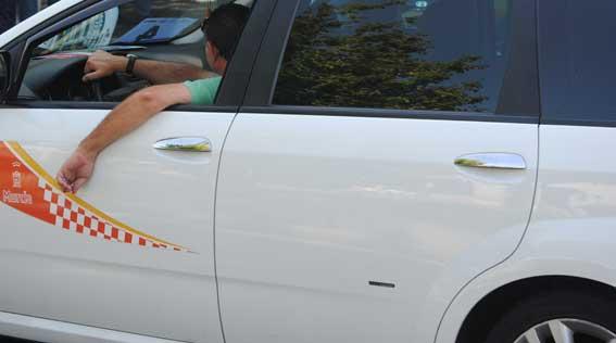 Murcia intensifica la vigilancia y proyecta una Ciudad del Taxi