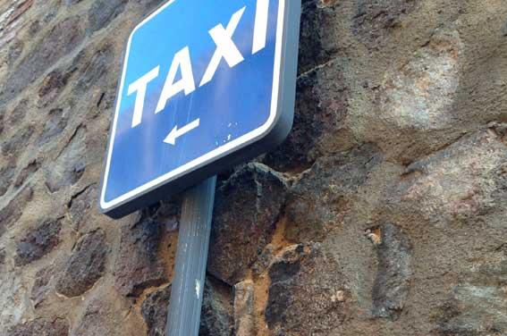 El taxi de C-LM también se ofrece para trasladar a sanitarios