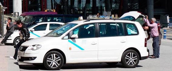 Jubilados taxistas de Málaga ponen contra las cuerdas al Ayuntamiento