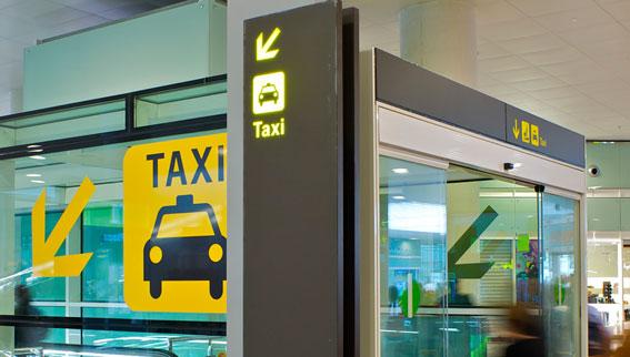 Absuelto un taxista de Barcelona acusado de robar a un pirata