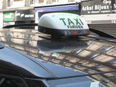 """El Gobierno francés lanza """"su"""" aplicación para el taxi"""