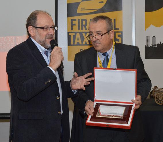 Homenaje a la Feria por parte de Taxi-PSM