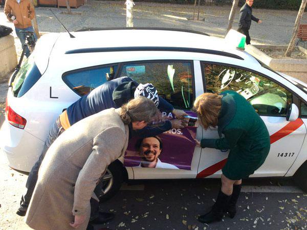 Unos 30 taxis madrileños apoyarán a Podemos